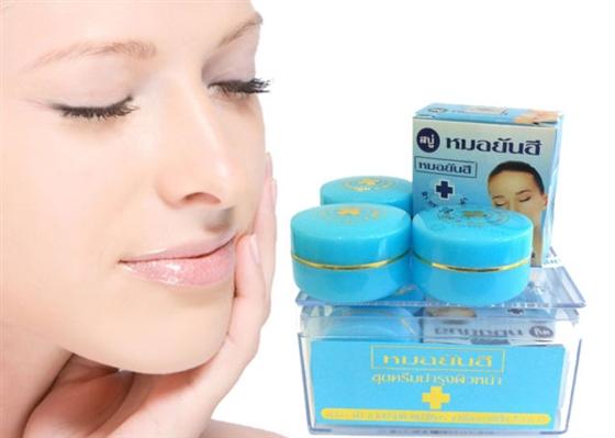 Sản phẩm thích hợp cho nhiều đối tượng có mụn trên da