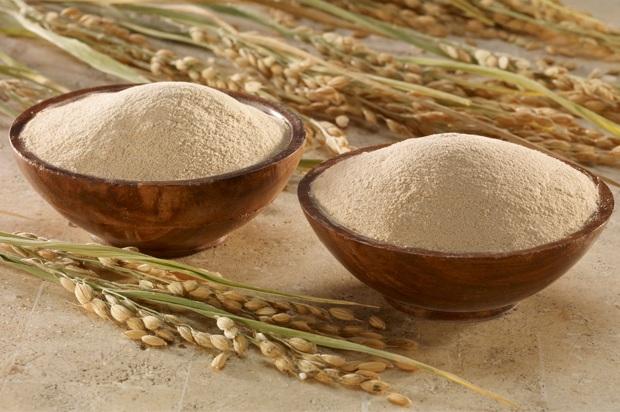 Công dụng thần kì của cám gạo trong làm đẹp da