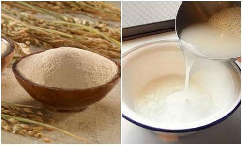 Sử dụng nước vo gạo với bột mì