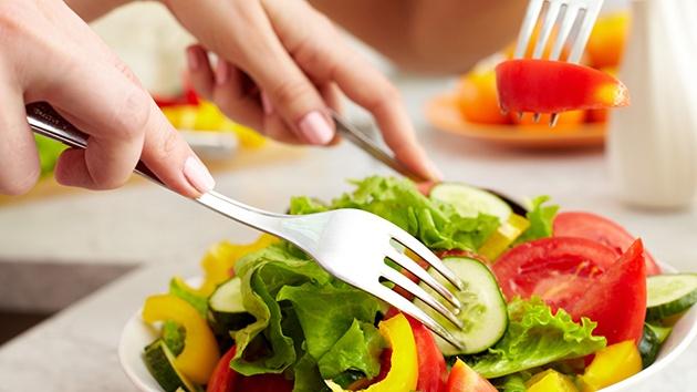 Chăm sóc da toàn thân phải có chế độ ăn uống phù hợp