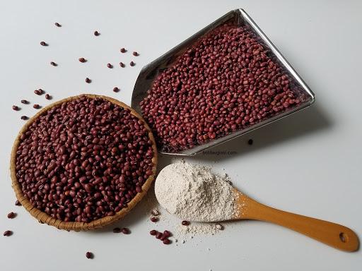 Bột đậu đỏ là nguyên liệu sử dụng nhiều trong khâu đẹp