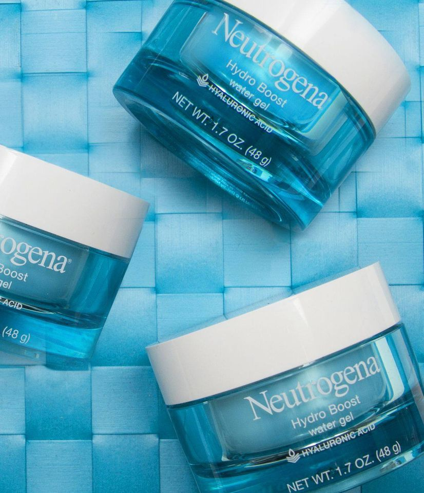 Thành phần sản phẩm gồm những thành phần an toàn và giúp dưỡng ẩm tốt cho da