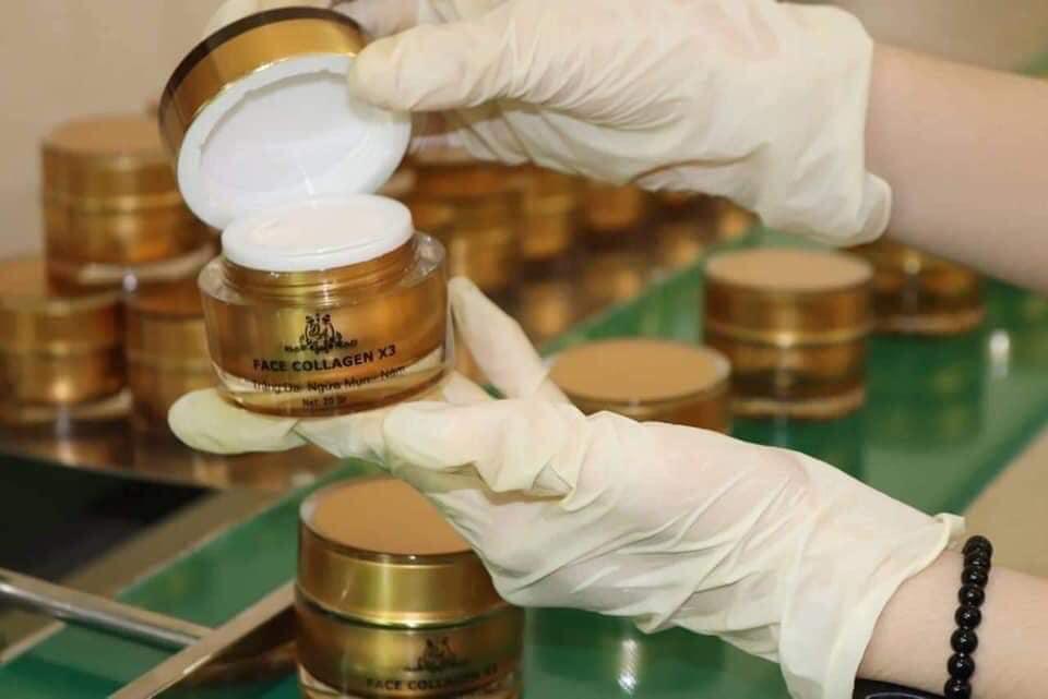 Sản phẩm kem face Collagen X3 Đông Anh tại nhà máy sản xuất