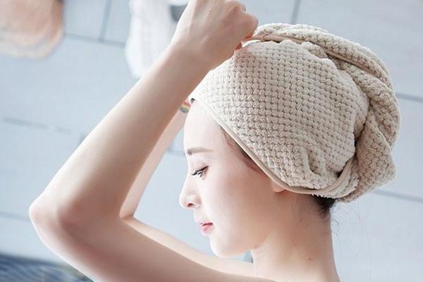 Ủ tóc sẽ mang đến một mái tóc suôn mượt chỉ sau 1 lần sử dụng