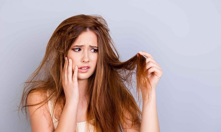 Tóc khô xơ , gãy rụng nên sử dụng sản phẩm